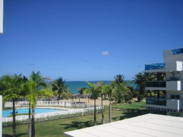 Beachfront2@Costamar Beach Villa in Loiza PR - Loíza - Osakehuoneisto