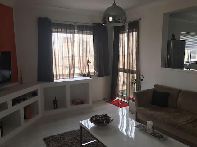Modern room in Balzan / birkirkara - Balzan - Huoneisto