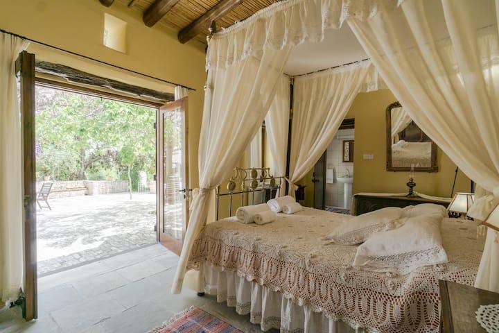 Orchard room - Garden Kamara House - Kato Drys