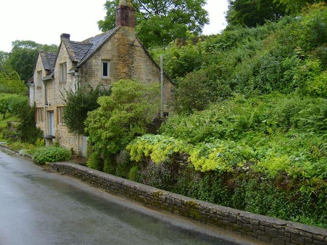 Riverside Cottage - Compton Abdale