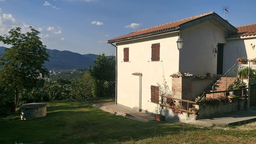 Casa vacanze Belvedere: la natura tutt'intorno - Stroncone - Leilighet