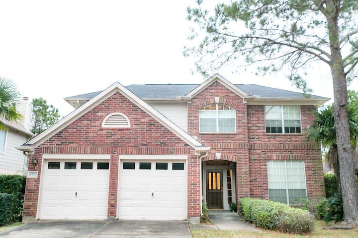 Fabulous Home in Sugar Land, TX, Houston, TX - Sugar Land - House