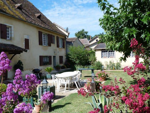 Chez Jeanine - Mouleydier - Huis
