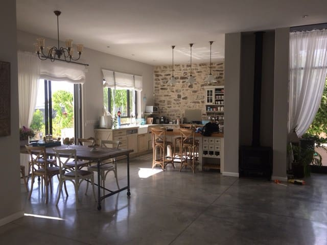 Beautiful Private Villa for 2 weeks in August! - Beit Yitzhak-Sha'ar Hefer
