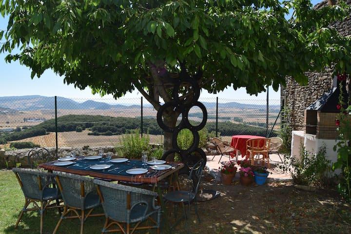 Casa con jardín en Valle de Yerri - Iruñela - Huis
