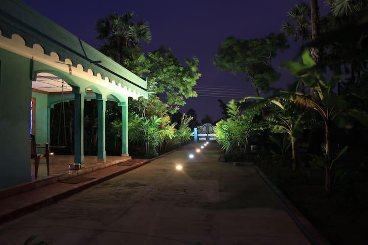 Mango Tree Homestay - Kaithady - Casa