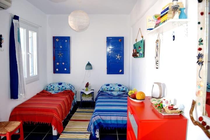 Il Canto delle Cicale-room Jeko - Leros - Bed & Breakfast