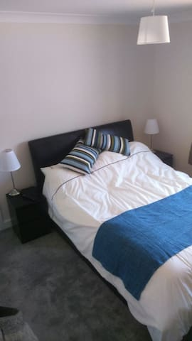 Private room with ensuite - Ratby - Ratby