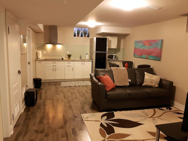 Charming suite all included for 2 - Mississauga - Appartement