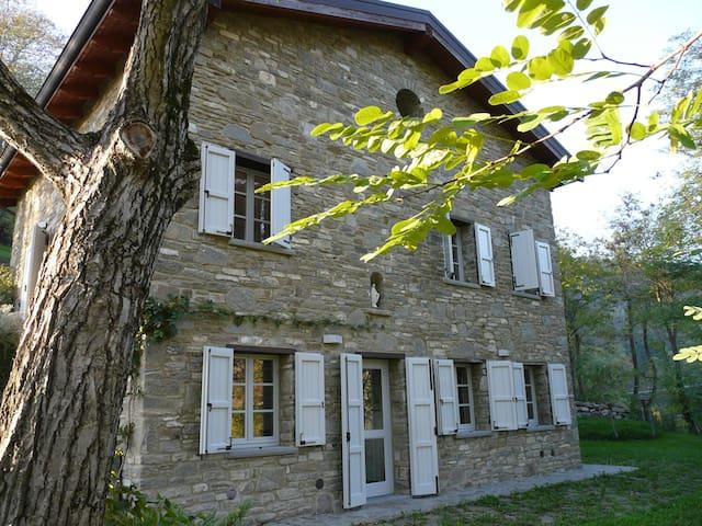 Cianica di Pietra,gorgeous traditional stone house - Cianica
