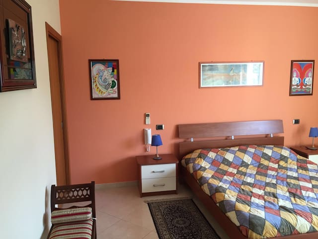 Attico Rosa 1 - Vacation Rental - Gioia Tauro - Casa
