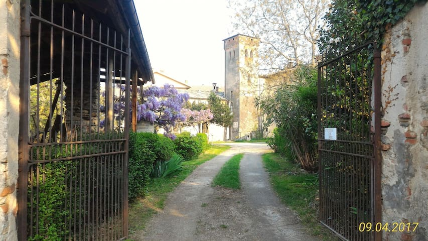 Convento S.Francesco alloggio in edificio storico - Luserna - アパート