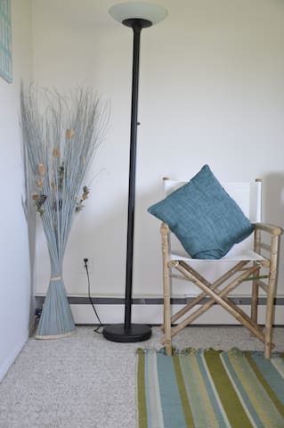 AffordableQuietCozyGuestroomByTheBay $50dy $335wk - East Moriches - Maison