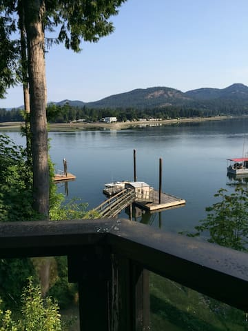 Ocean Escape Tideview (private dock !) - Sooke