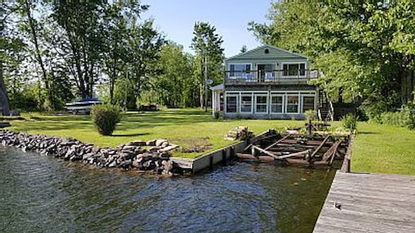 Watertfront - Oneida River - 5 bedroom - Central Square - Huis