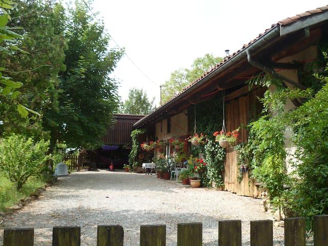 Norah'sTimeout-Point - Relaxing Oasis - Les Trois-Châteaux