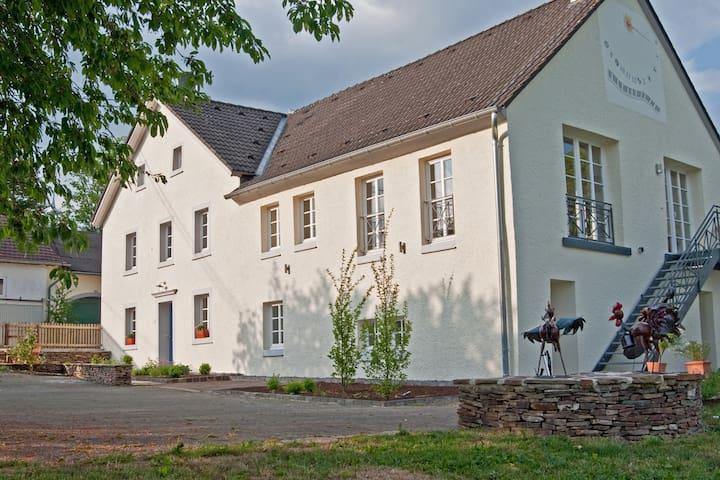 Landhaus Theis 5***** - Lichtenborn
