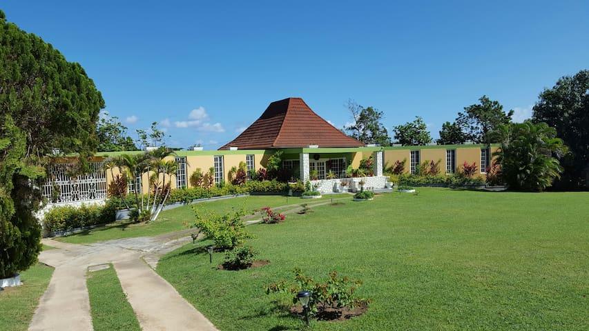 Half side of Villa in Mammee Bay - Mammee Bay - Casa