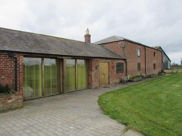 The Barn at Kenwick Lodge Farm - Cockshutt - Dom