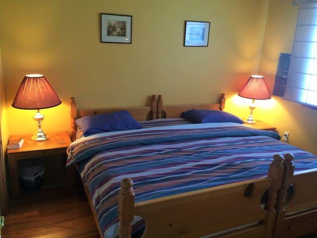 Hostel/Lodge Eastside sleeps 6 - D'Arcy - Leilighet