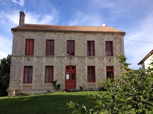 Maison de Maitre - Juignac - Casa