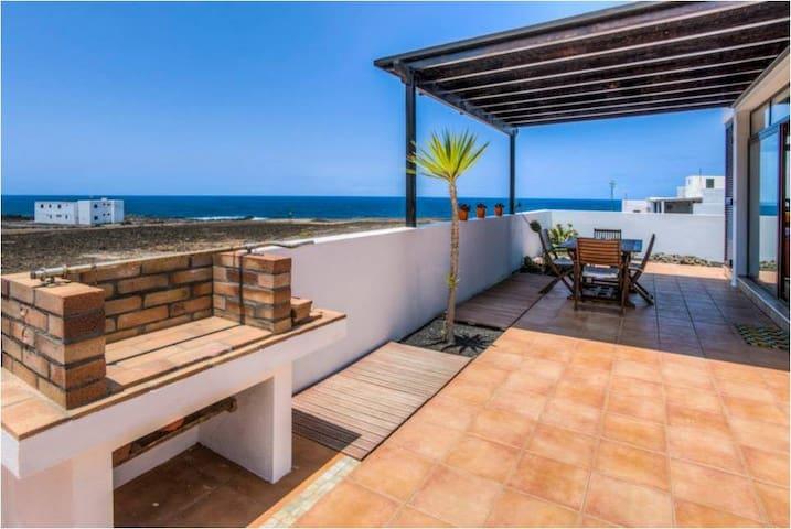Ocean Villa - Tinajo - Villa