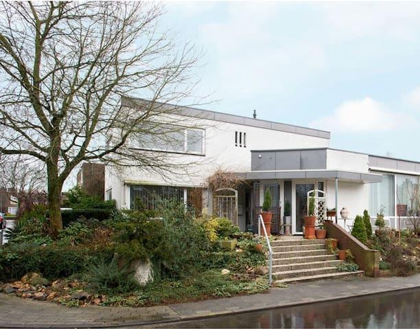 Rust en ruimte in Limburgs heuvellandschap - Valkenburg - Ev
