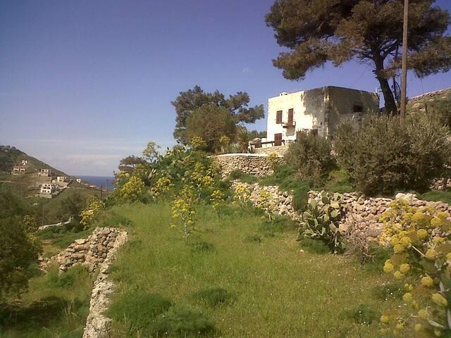 Kalythea - Panormos - Ev