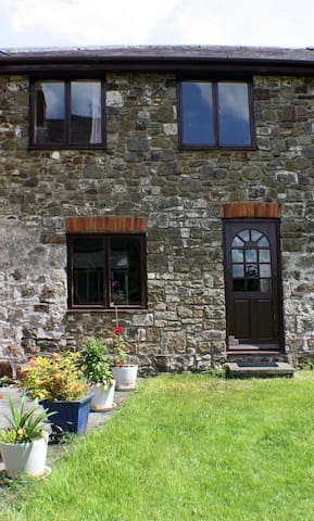 The Butlers Cottage - Whitland
