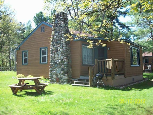 Lake Minocqua 3 Bedroom Resort Cabin - Minocqua - Hytte