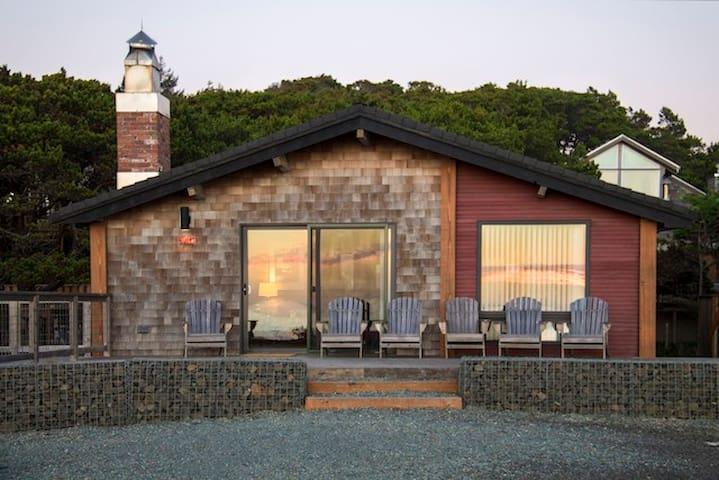 Modern Oceanside Cabin-180º Views! - Manzanita - Ev