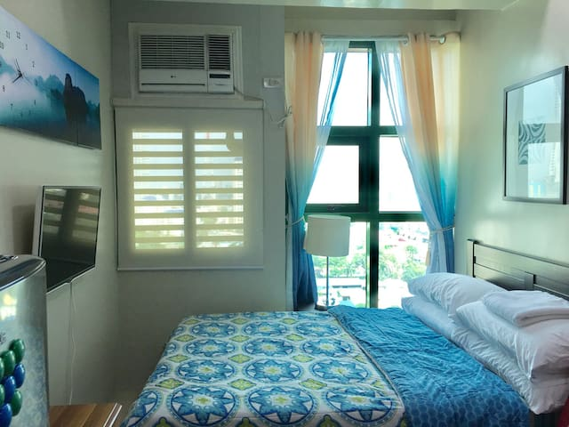 Fullyfurnished studio unit nearGMA7 and ABS CBN - Quezon City - Lyxvåning