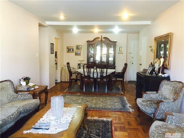 Beautiful first floor apartment - Грейт-Нек - Квартира