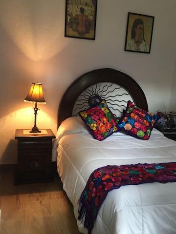 Lovely Room in Historical Coyoacan - Ciudad de México