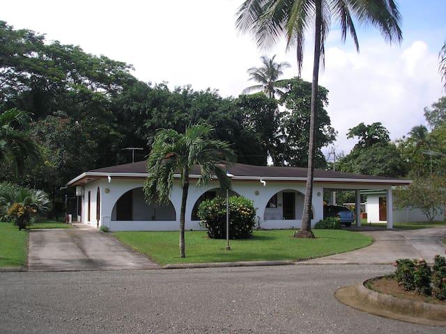 spacious two beds rooms on the beach - Provincia de Puntarenas - Maison