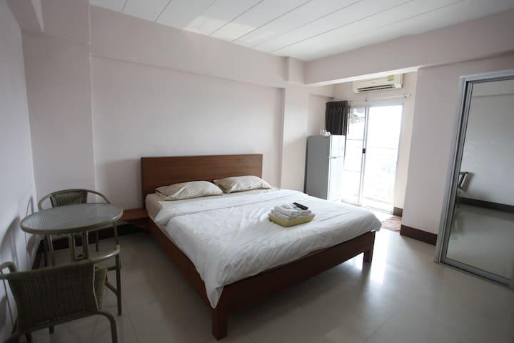 CNC Residence - Tambon Bang Rak Phatthana - Aparthotel
