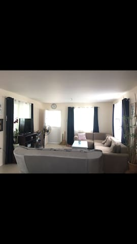 House, rooms close to clark airport - Angeles - Дом