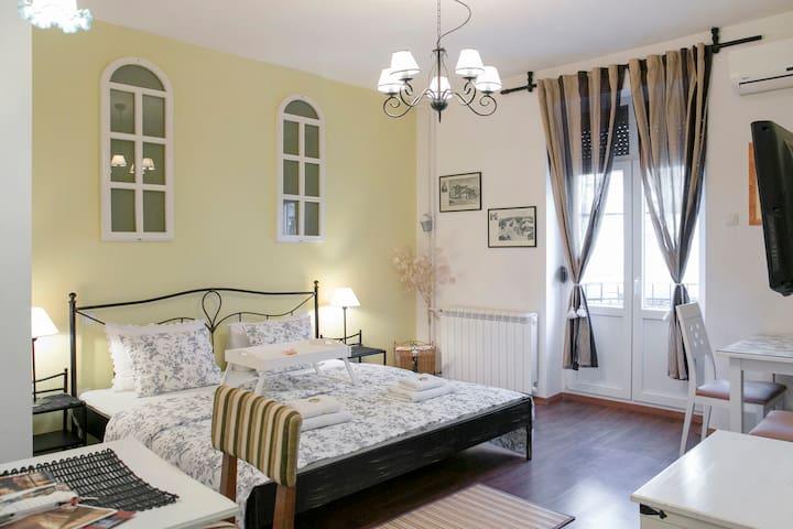 Home Sweet Home - CENTER, 50% DISCOUNT - Belgrade