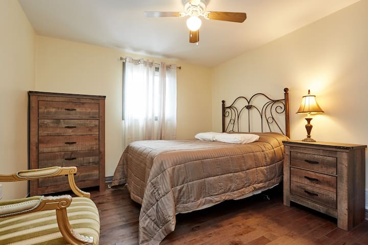 Home away from home - Bradford West Gwillimbury - Bed & Breakfast