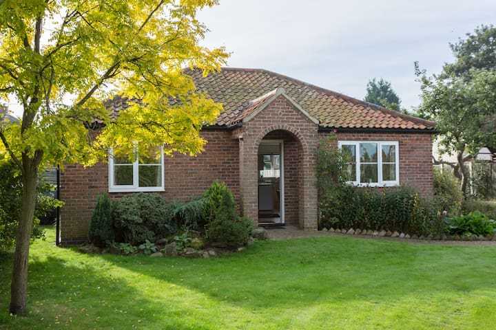 Westhill Cottage - Ordsall