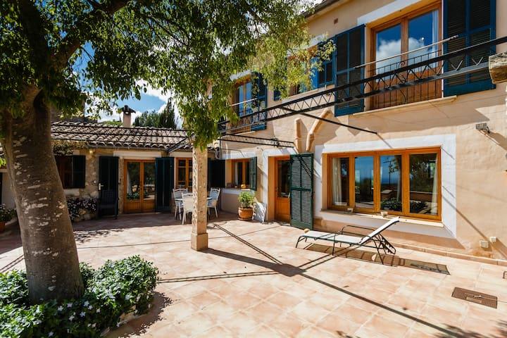 Typical mallorcan relaxing villa - Puigpunyent - Rumah