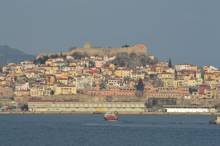 Private residence with a view of the city and sea - Kavala - Ev