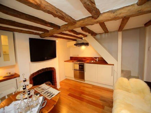 72 St Joan's Cottage, New Street, Henley on Thames - Henley-on-Thames - Huis