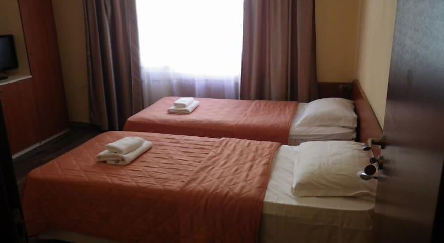 Palitra Standard Room - Single Use - Varna - Bed & Breakfast