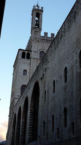 App. cuore centro storico Gubbio - Gubbio