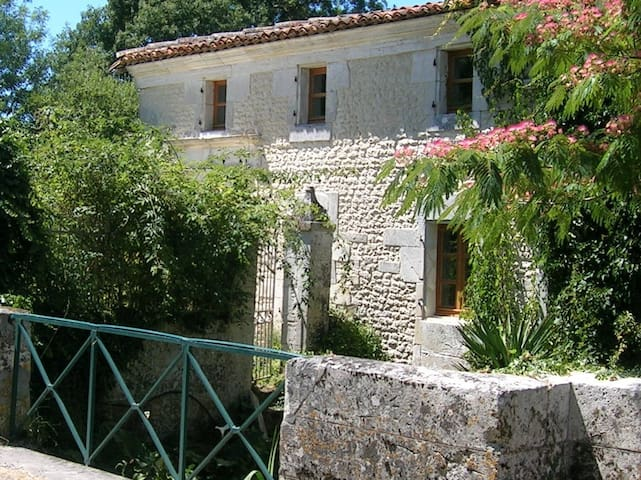 Delightful cottage, Charente Maritime - Champagnac - Casa