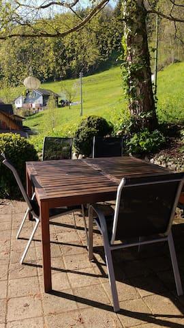 Cozy apartment in the nature of Toggenburg - Ebersol - Leilighet