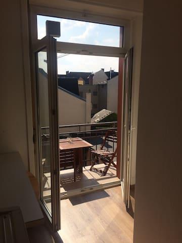 Apartement Bornheim Mitte - 1 min zu U4 -> Messe - Frankfurt am Main - Apartemen