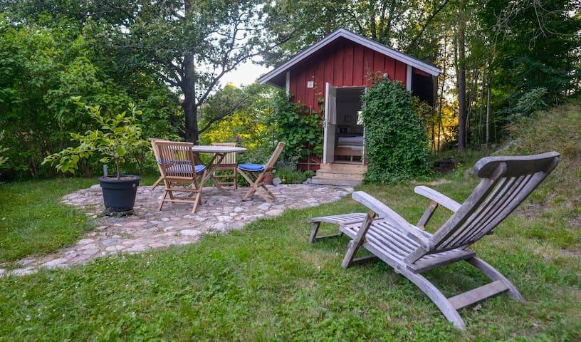 Grönskan Skarpö Guest House - Vaxholm - Bed & Breakfast
