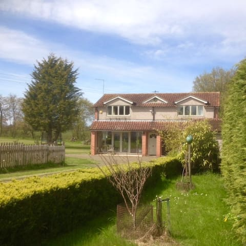 Detached Annex with fantastic views - Hertfordshire - Appartement
